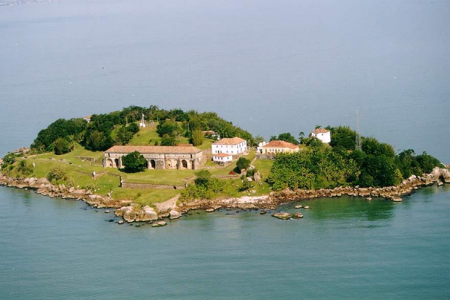 Locais históricos de Florianópolis - Fortaleza Santa Cruz de Anhatomirim - ©USFC
