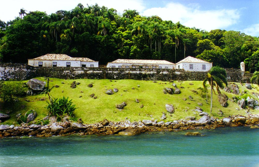 Locais históricos em Florianópolis - Fortaleza de Santo Antonio de Ratones - ©USFC