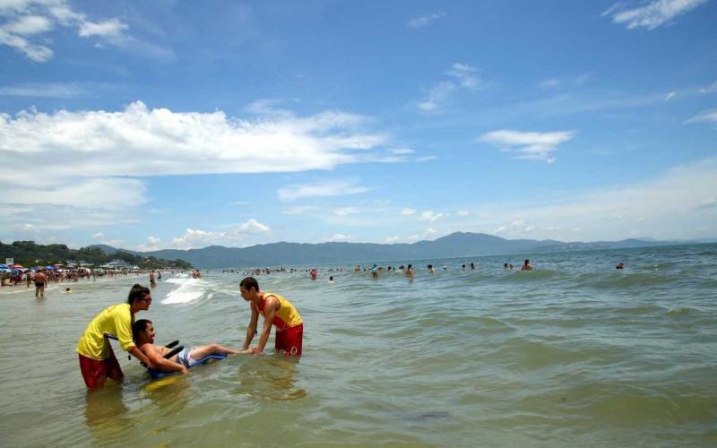 Praias de Florianópolis com acessibilidade - ©NSCTotal