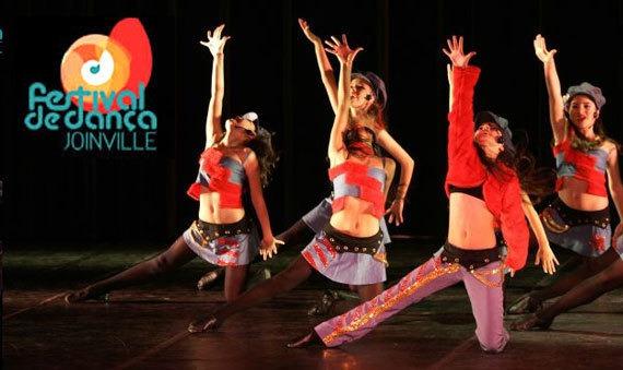 f7ef416f90 Finalmente a edição de 2014 do Festival de Dança de Joinville será  realizada. A expectativa é grande entre bailarinas e bailarinos de todo o  Brasil.