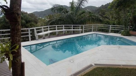 House for rent in Guarujá - Iporanga
