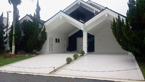 House for rent in Guarujá - Jardim Acapulco