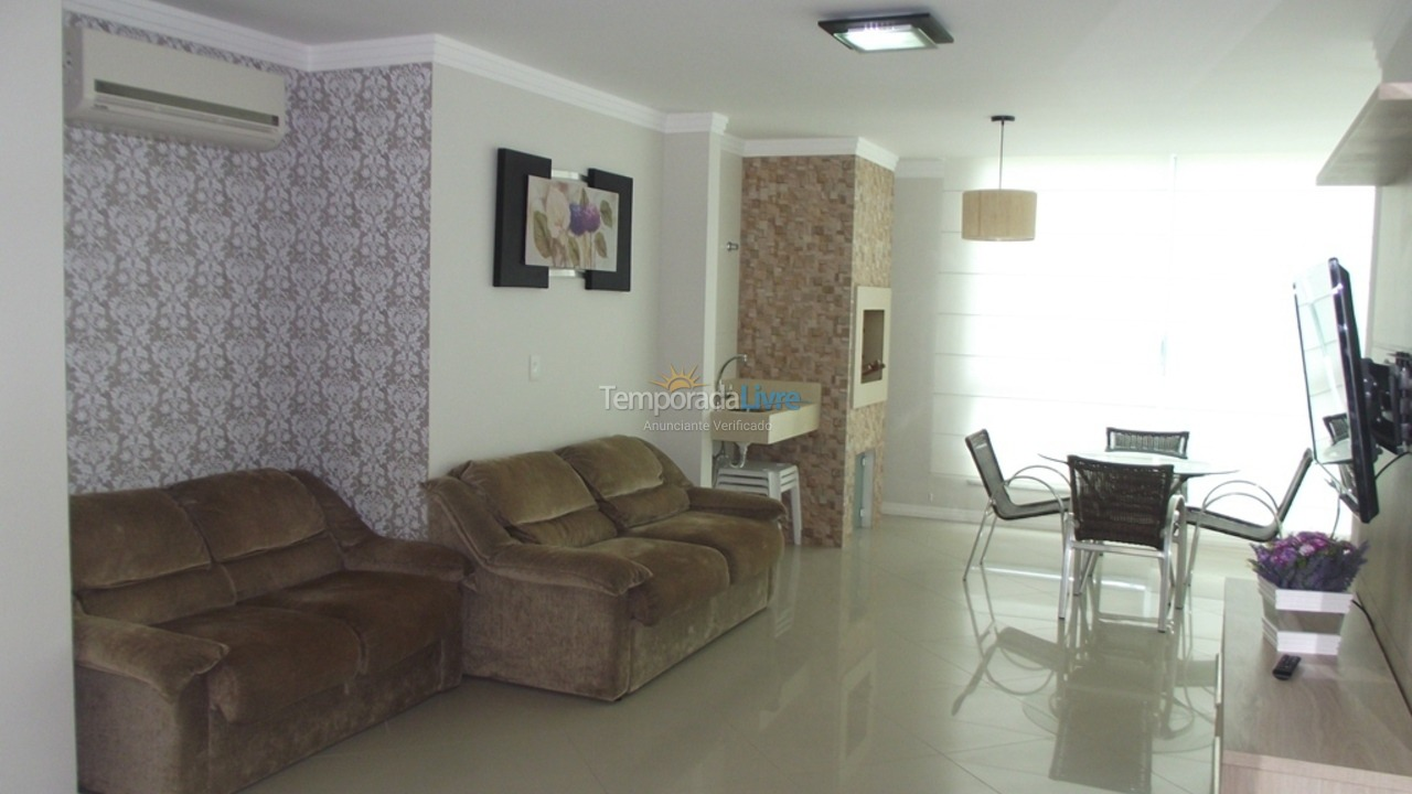 Apartment for vacation rental in Bombinhas (Praia de Bombas)