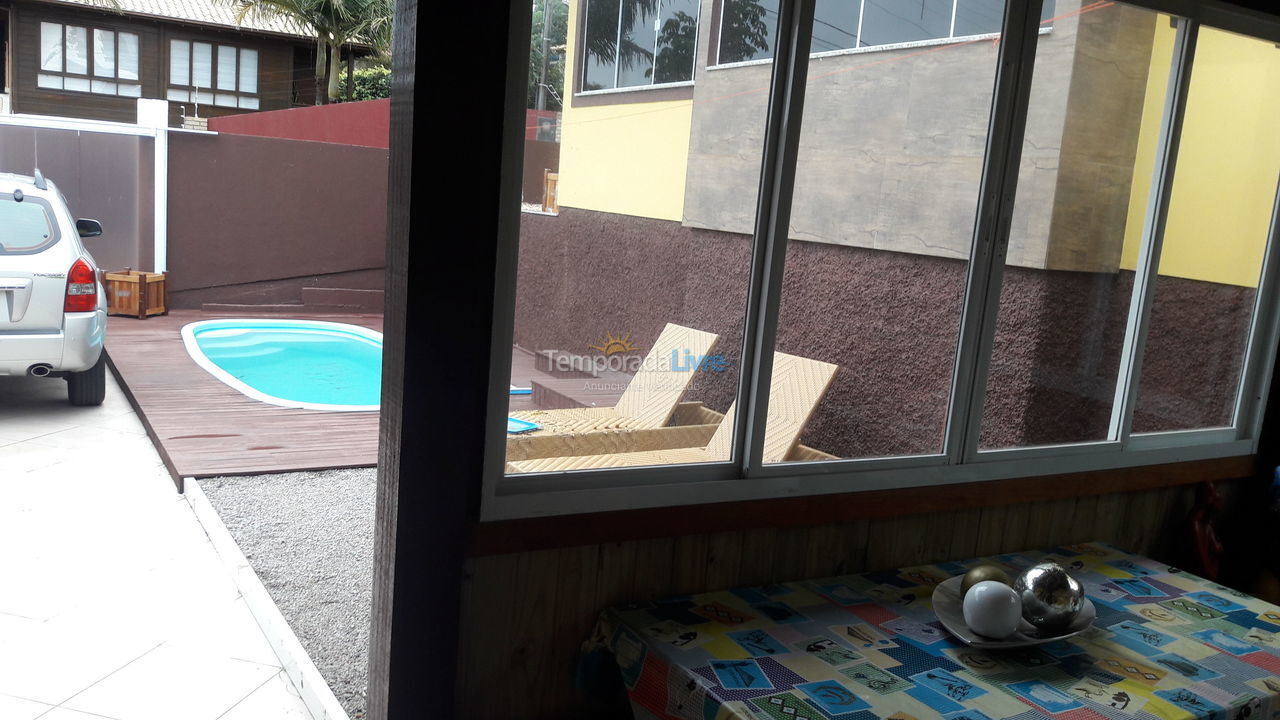 House for vacation rental in Florianópolis (Santinho)