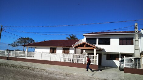 House for rent in Pontal do Paraná - Praia de Leste