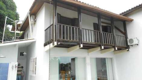 House for rent in Ilhabela - Itaguassú