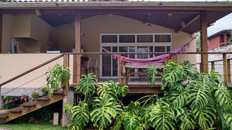 House for rent in Ilhabela - água Branca